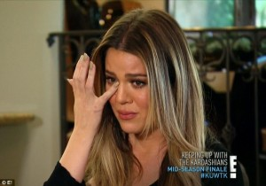 The Kardashian sisters broke down in tears | Kim Kardashian stages intervention to help sister Khloé  accept her marriage was over