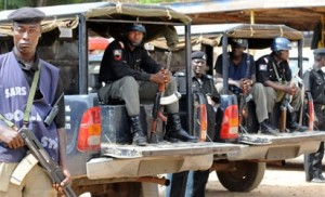 OPC, Police Clash in Ajegunle-Lagos | One dies