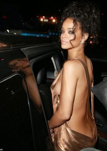 Rihanna Dares To Go Nude At Met Gala After-Party| Give One Word For This Dressing