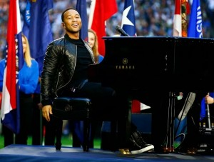 "Katy Perry And John Legend ""WOW"" Fans At Super Bowl Half Time Show."