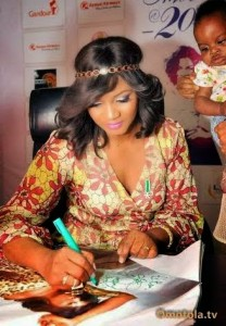 Omotola`s Autograph Signing With Fans At Silver-Bird Galleria Abuja