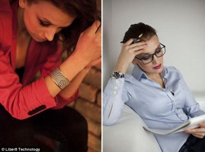 Today In Technology: Bracelet That Matches Your Favourite Outfit | $259 App Controlled Bracelet Is An E-ink Screen
