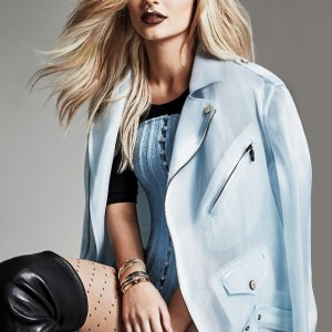 Photos : Kylie Jenner Rocks Giant Nose Ring For Elle Canada