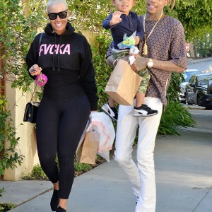 Wiz Khalifa Is The Only Man I Ever Loved,The Are Rest Fools – Amber Rose