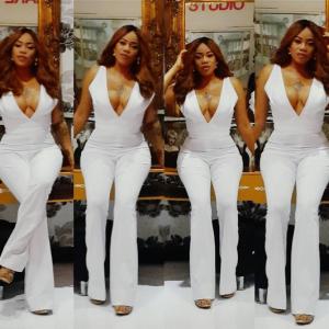 Photos : Toyin Lawani Looks Stylish In White Jumpsuit