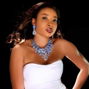 Liz Anjorin Curses And Threatens Make Up Artiste For Refusing 200 Naira Fee