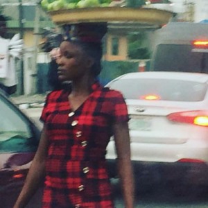Ciara's Photo of A Girl Hawking In Lagos Traffic Goes Viral