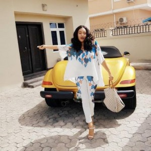 Anna Banner PaysVisit To Baby Daddy Flavour At Home