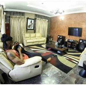 Flavour Shows Off His Sitting Room While Thanking God For The Week
