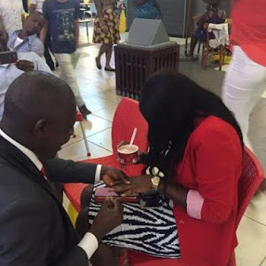 Photos: Man Proposes To His Girlfriend At Ikeja City Mall