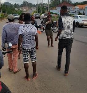 Two Women Beat Man For Harassment In Akure (Photos)