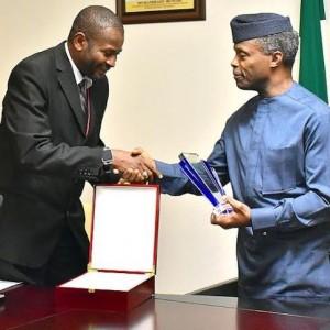 Yemi Osinbajo receives award from Muslim Lawyers Association