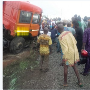 PHOTOS: Fatal Trailer Accident Along Abeokuta Expressway Leaves Residents In Tears