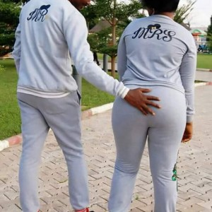Man Grabs Fiancee's Big Butt In Beautiful Pre-Wedding Photos