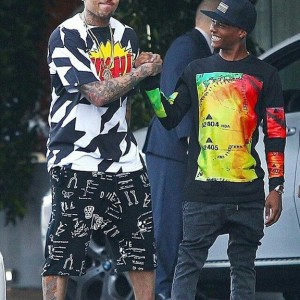 PHOTO: Wizkid And Chris Brown On The Street Of Los Angeles