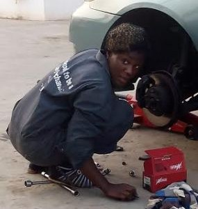 Meet Lady Mechanic Named Blessing (Photos)