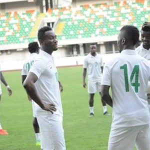 PHOTOS: Rohr, Mikel Obi, Victor Moses, Iheanacho & Other Players Training In Uyo