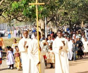 Irate Youths Stab Catholic Priest, Beat Him To a State Of Coma In Anambra