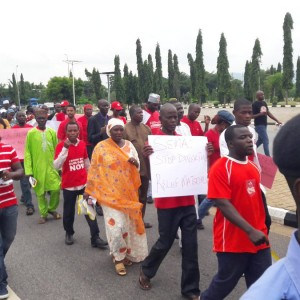 PHOTOS: Bring Back Our Girls Protest To Aso Villa