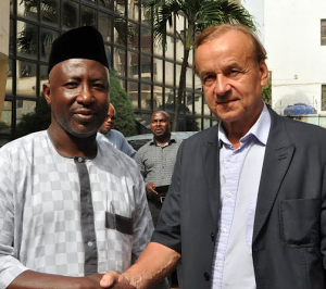Gernot Rohr And Coach Salisu Yusuf Visits To NFF's Glass House (Photos)