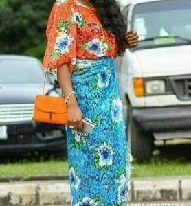 Photos: Designer Yvonne Nwosu Steps Out In Iro & Buba With Sneakers