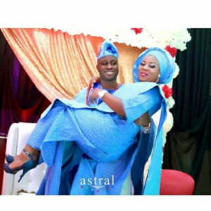 Photos: Gorgeous Nigerian Twins Get Married On The Same Day