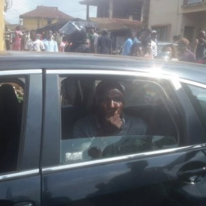 PHOTOS: Youths Chase Away APC Chieftain, Tunji Light For Trying To Buy Votes