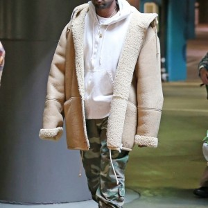 Kanye West debuts pink and blonde hair