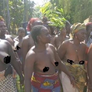 Photos: Naked women protest against incessant killings in Southern Kaduna, destroys governor's cars