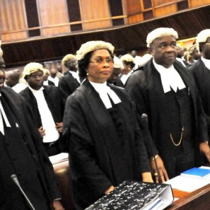 Lawyers Want Buhari To Sack CBN Governor, Emefiele