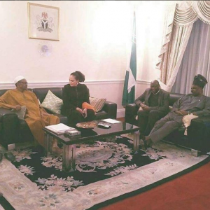 New photos of Buhari with Ogun State governor in London