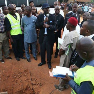 Photos: Min of Works, Housing And Roads, Babatunde Fashola, Inspects Ongoing Road Projects