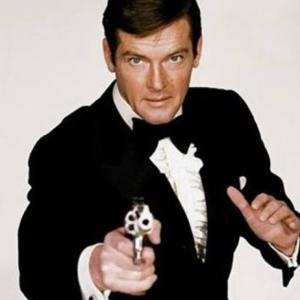James Bond Actor Dies At 89
