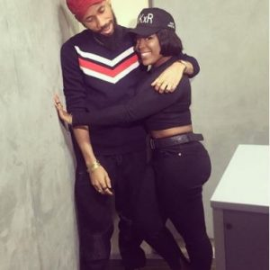 See What Curvy Soundcity OAP, Moet Abebe was Caught Doing with Phyno (Photo)