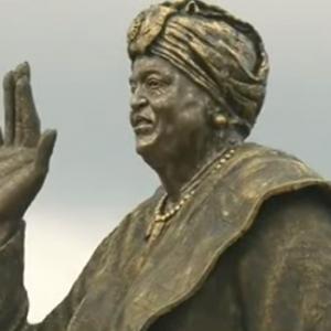 Photos: Rochas Okorocha, unveils Liberain President, Ellen Johnson Sirleaf's statue
