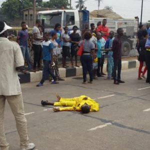 Graphic Photo Of Man Crushed To Death By A Bus In Lagos