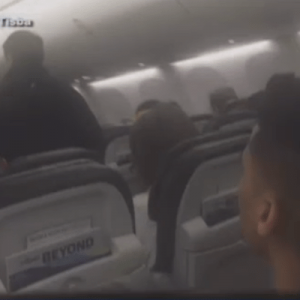 Naked Passenger Causes Alaska Airlines Flight To Turn Around
