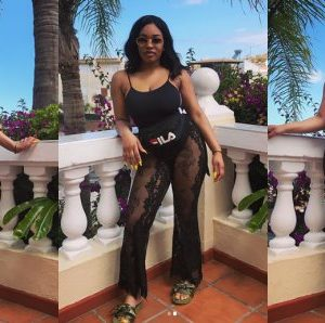 Jay-Jay Okocha's Daughter Daniella Okocha Bares Cleavage In New Photos