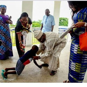 PHOTOS: Taju Met With Oyo State Gov. Abiola Ajimobi And His Wife Dr. Florence Ajimobi