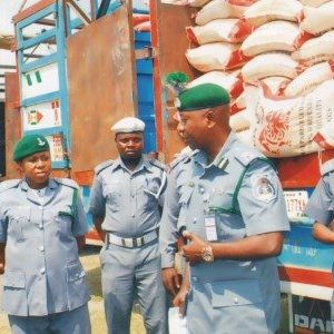 FG TO Permanently Shut Land border Over Rice Smuggling