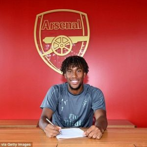 Alex Iwobi Reportedly Signs New Long-Term Contract With Arsenal