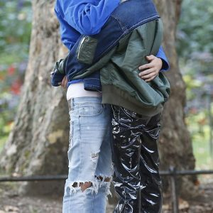 Photos: Justin Bieber And Hailey Baldwin Share Passionate Kiss