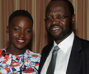 Slay Queen Sends lupita Nyong'o's Dad Nude Picture And Messages